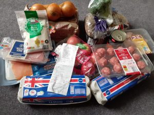 Image shows £20.62 of shopping from a high street supermarket.